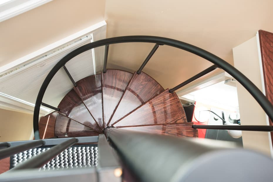 Classic steel with shiny wood treads Spiral Staircase
