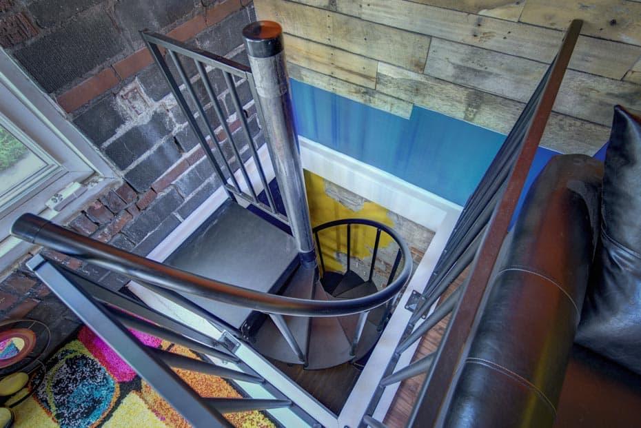 Classic Steel Deck Spiral Staircase standard column cap