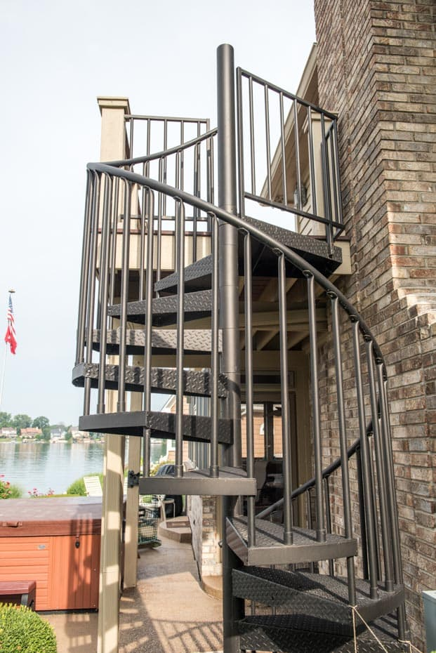 Classic Steel Deck Spiral Staircase balcony stair