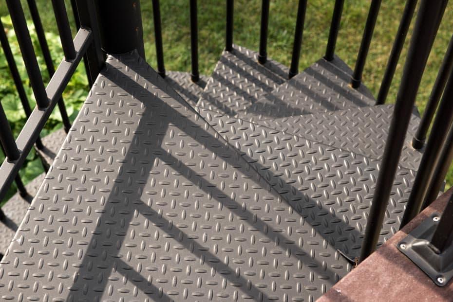 Classic Steel Deck Spiral Staircase diamond plate platform
