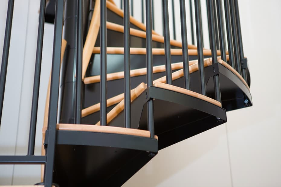 Commercial Spiral Staircase Center Balusters