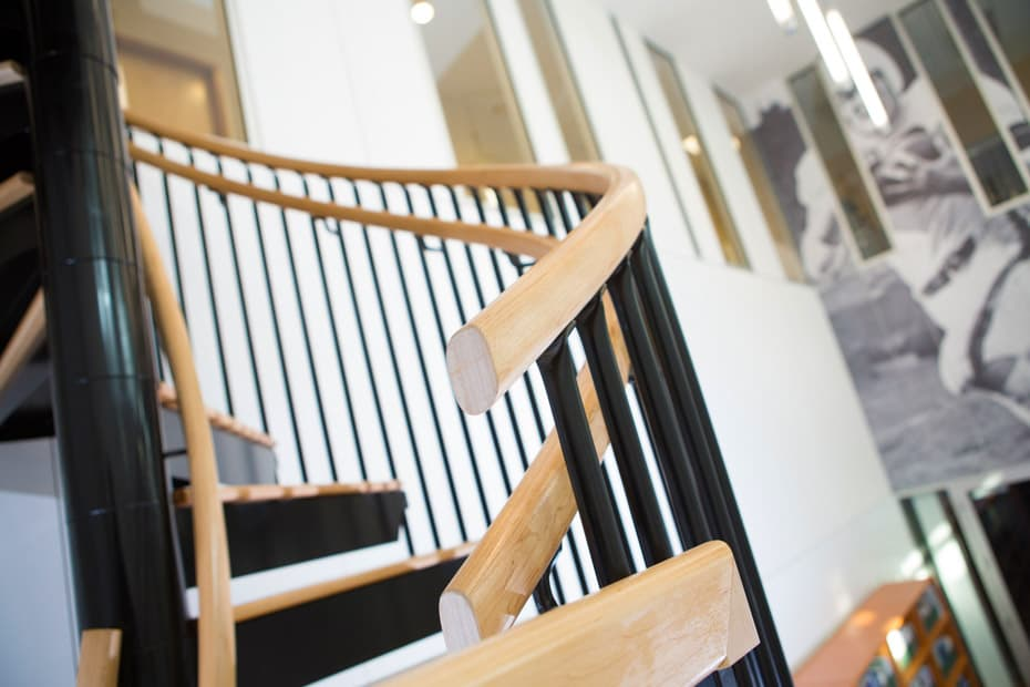 Commercial Spiral Staircase Steel Stair with Wood Railing