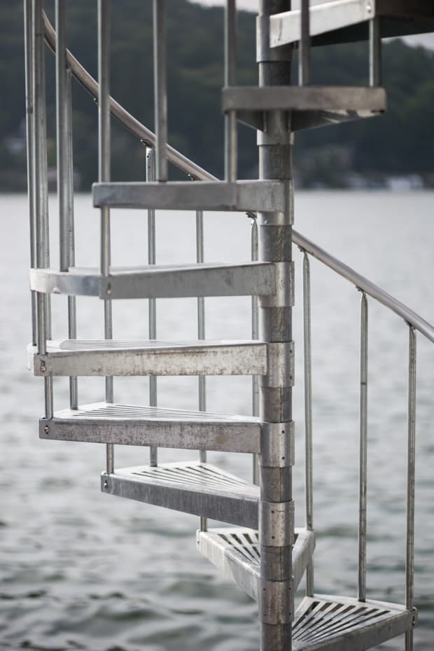 Galvanized Spiral Staircase weather resistant