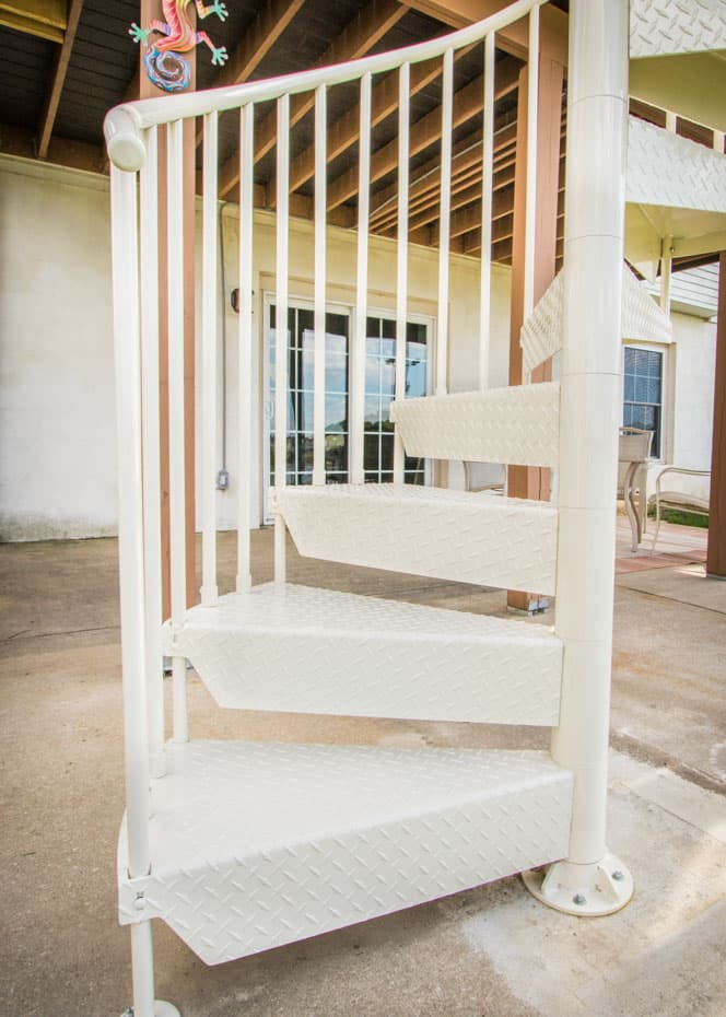 Aluminum Deck Spiral Staircase Entry Point