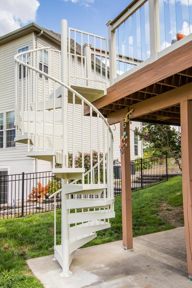 Aluminum Deck Spiral Staircase Floor to Floor Height