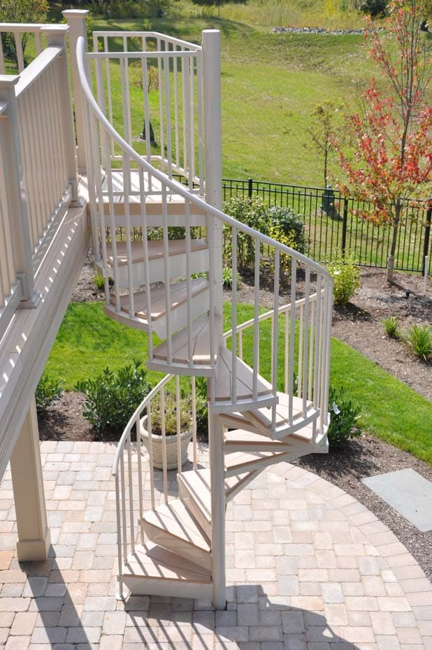 Aluminum Deck Spiral Staircase Deck and Patio