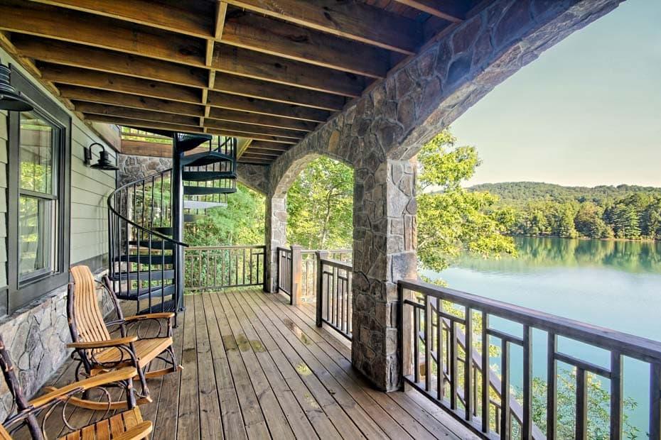 Aluminum Deck Spiral Staircase Lakeside Deck