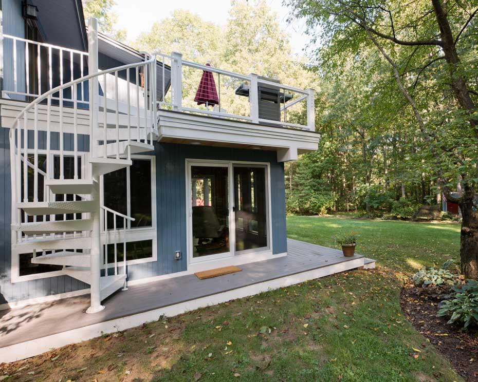 Aluminum Deck Spiral Staircase Back Porch