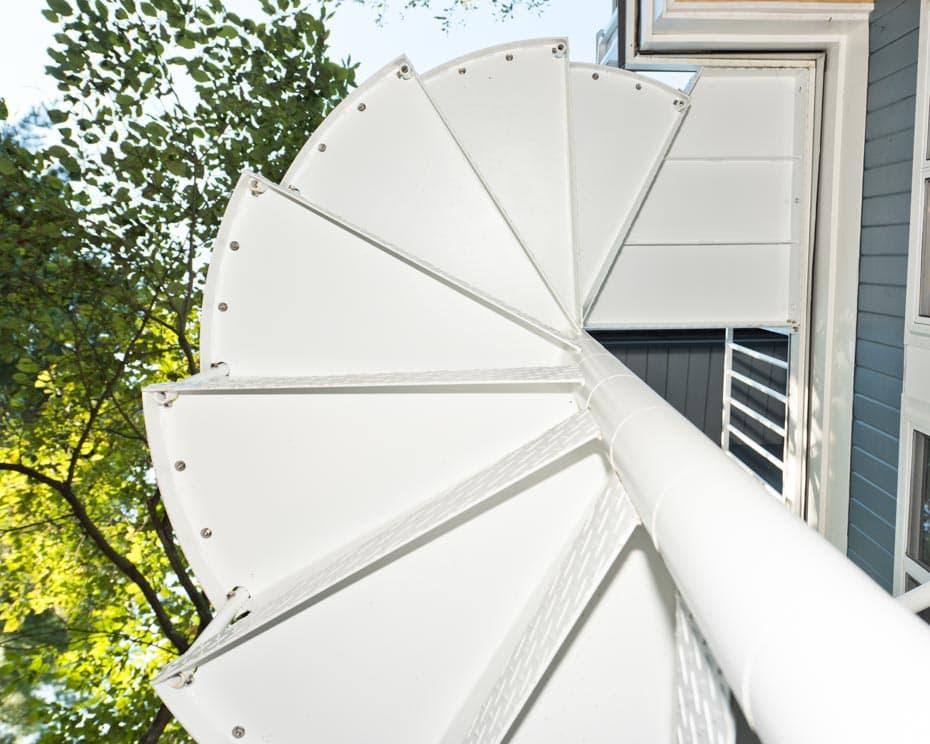 Aluminum Deck Spiral Staircase Tread Hardware