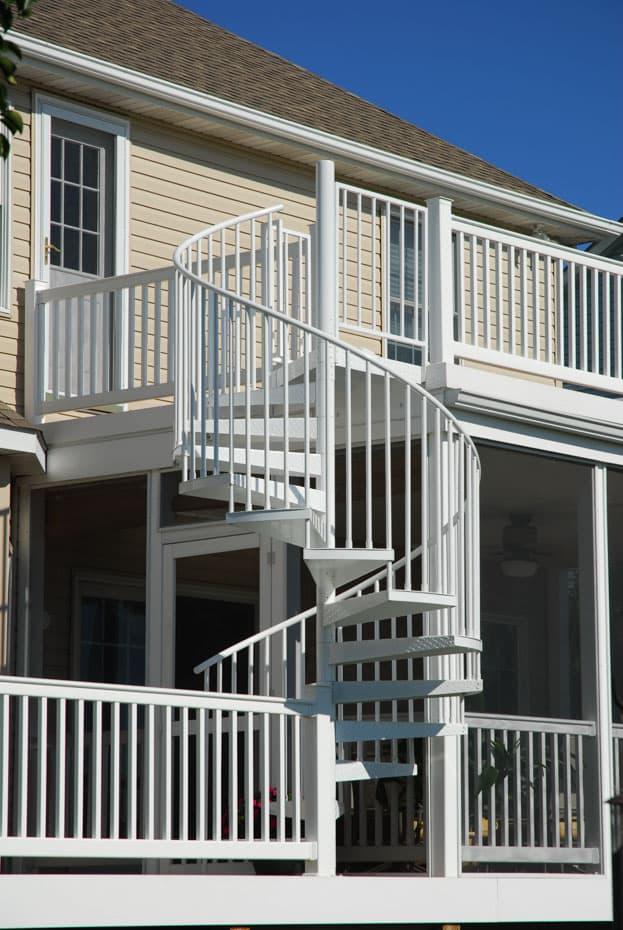 Aluminum Deck Spiral Staircase Slip Resistant Treads