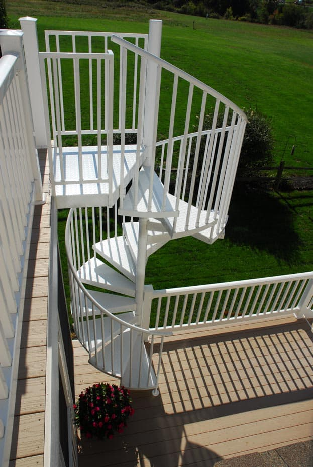 Aluminum Deck Spiral Staircase Yard View
