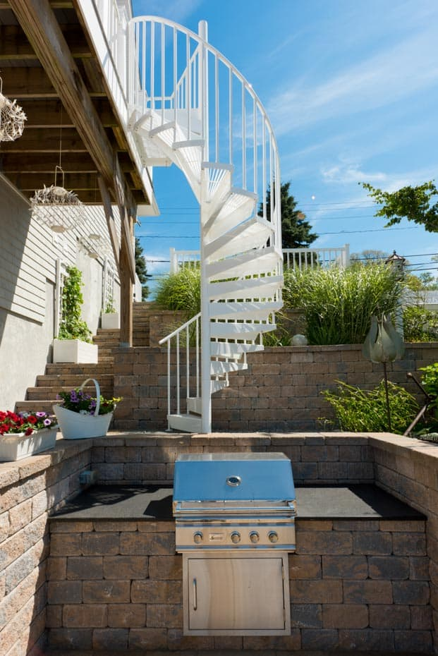 Aluminum Deck Spiral Staircase Outdoor Grill