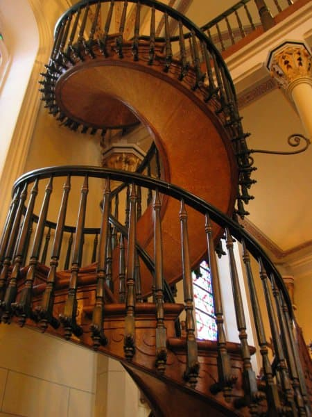 loretto-chapel-spiral-stair