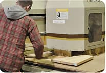 advantages-made-cnc-wood-router