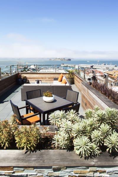 rooftop-garden-dining