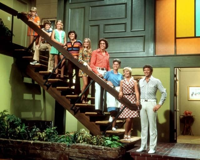 the-brady-bunch-steps