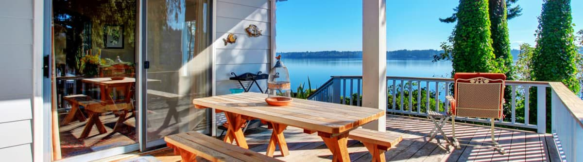 5 Types of Decorative Deck Railings