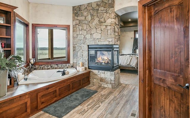 barndominium bathrooms