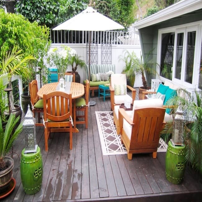 Small Deck Furnishings