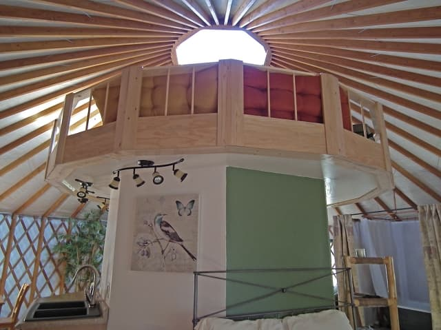 yurt-center-hub