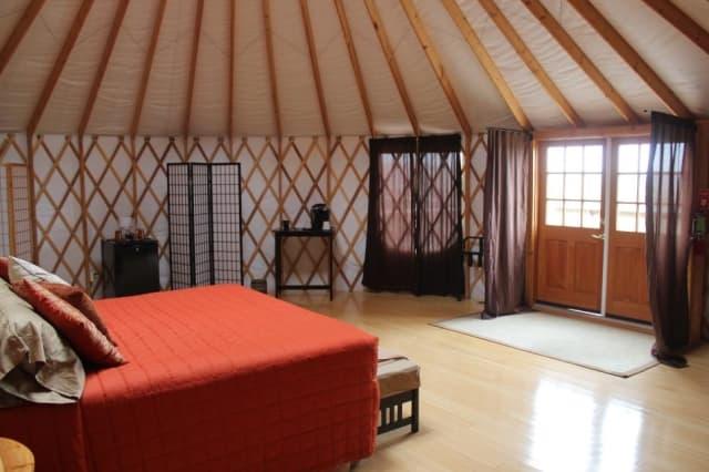guest-house-yurt