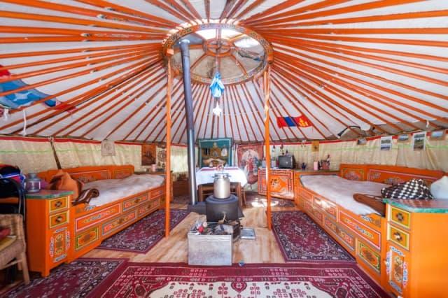 vardo-inspired-yurt